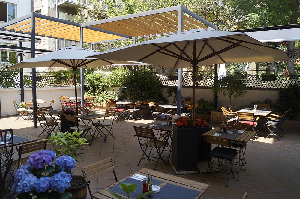 Резултат с изображение за ресторант махалото